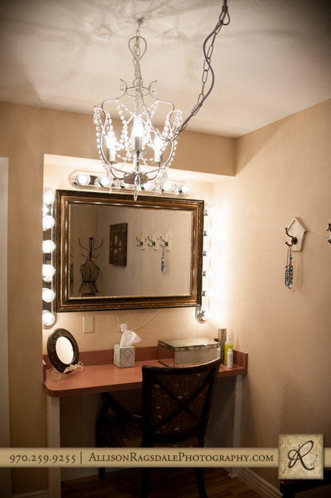 dressing room mirror durango portrait studio allison ragsdale photography remodel