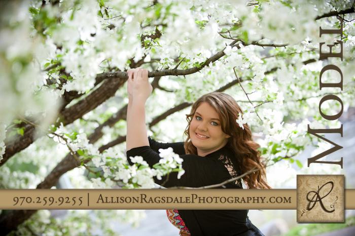 senior girl pic with white blossoms