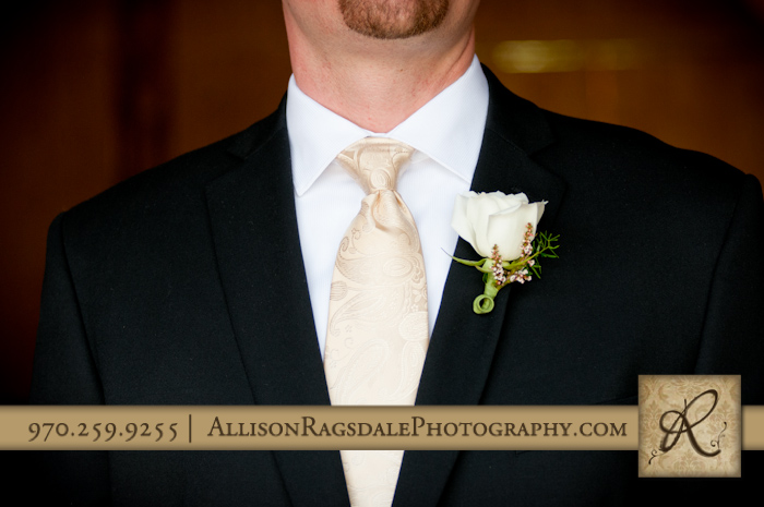 groom's tie and flower by aprils garden
