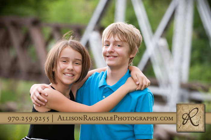 brother and sister picture in rotary park durango