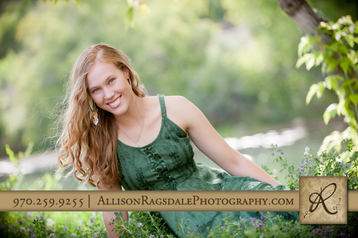 ahs senior picture girl in flowers by durango river