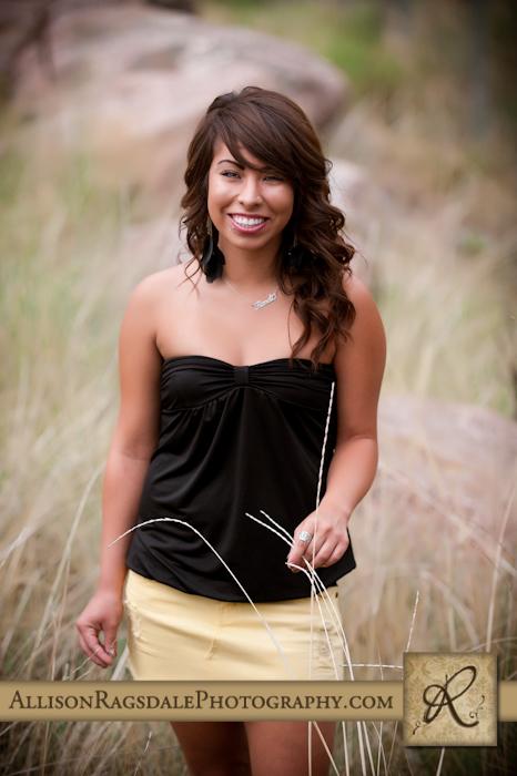 senior girl pic in long grass