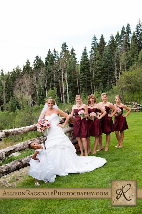 bride and her bridal party at thunder ridge durango co