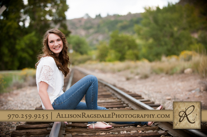 Senior pic on railroad tracks