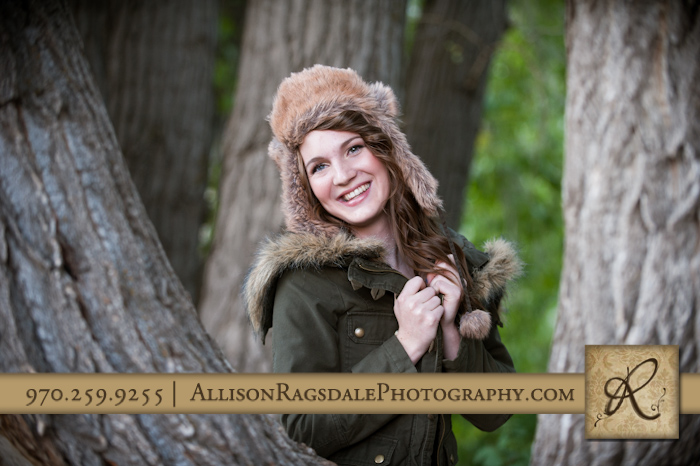 Girl senior pic with hat