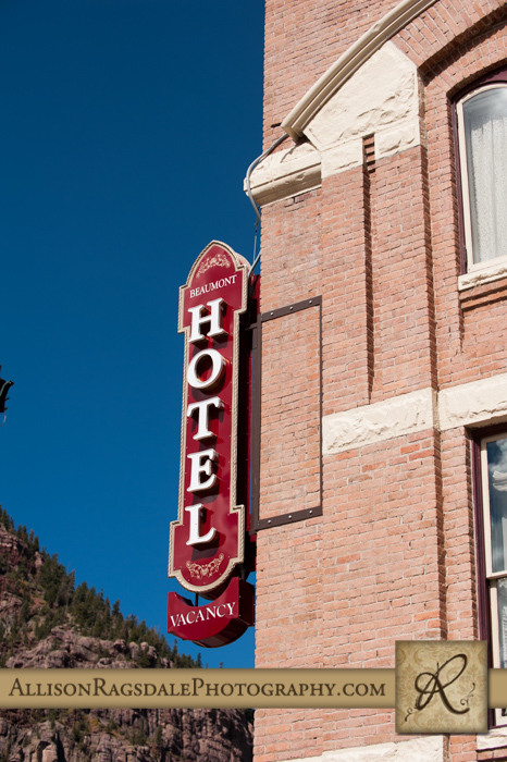 beaumont hotel ouray co wedding photo