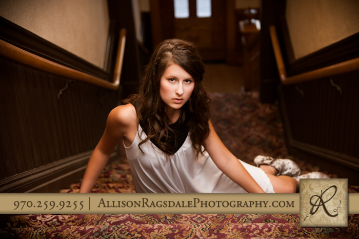 Senior photos in old hotel
