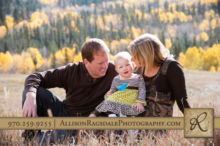 mom and dad and daughter family pic durango mountains