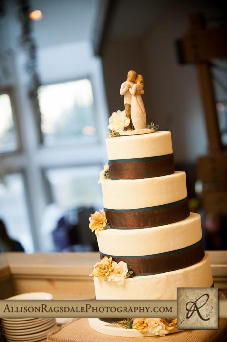 wedding cake silverpick lodge reception durango co