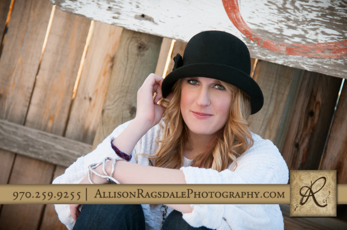 senior girl pic oversized sweater and hat durango co