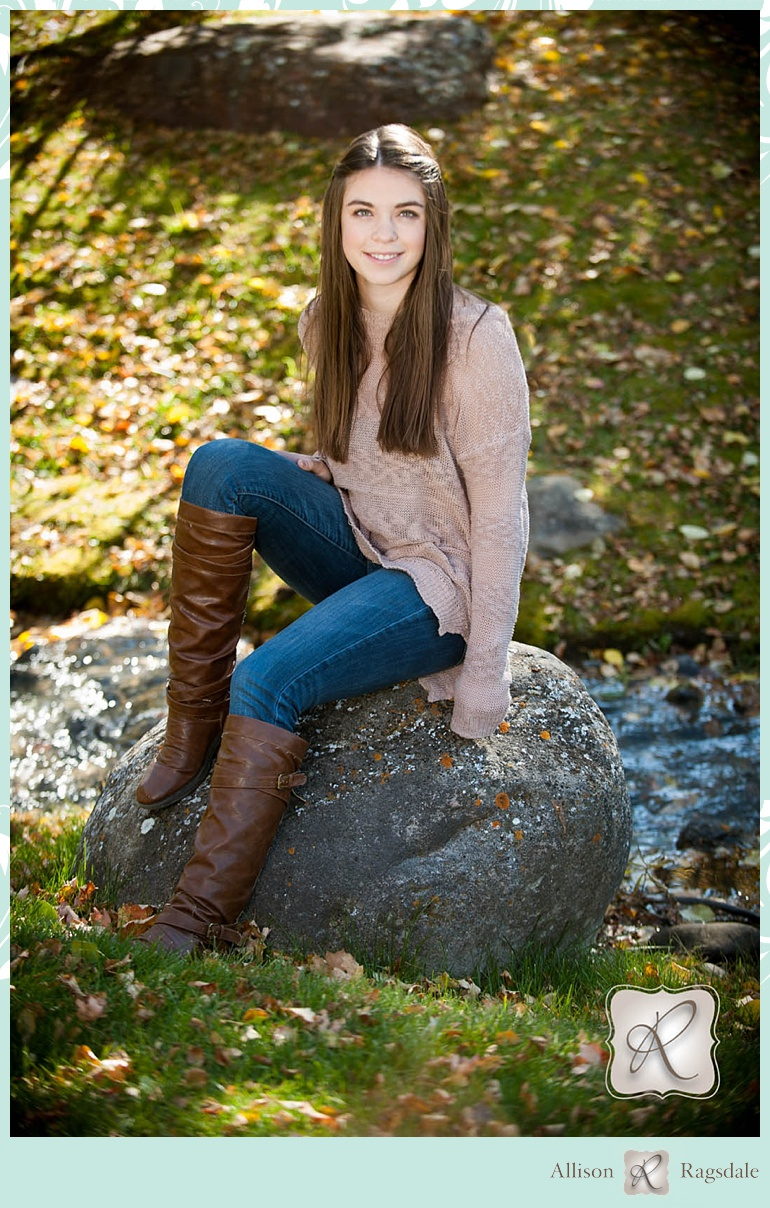 Emma's Fall Color Senior Portraits