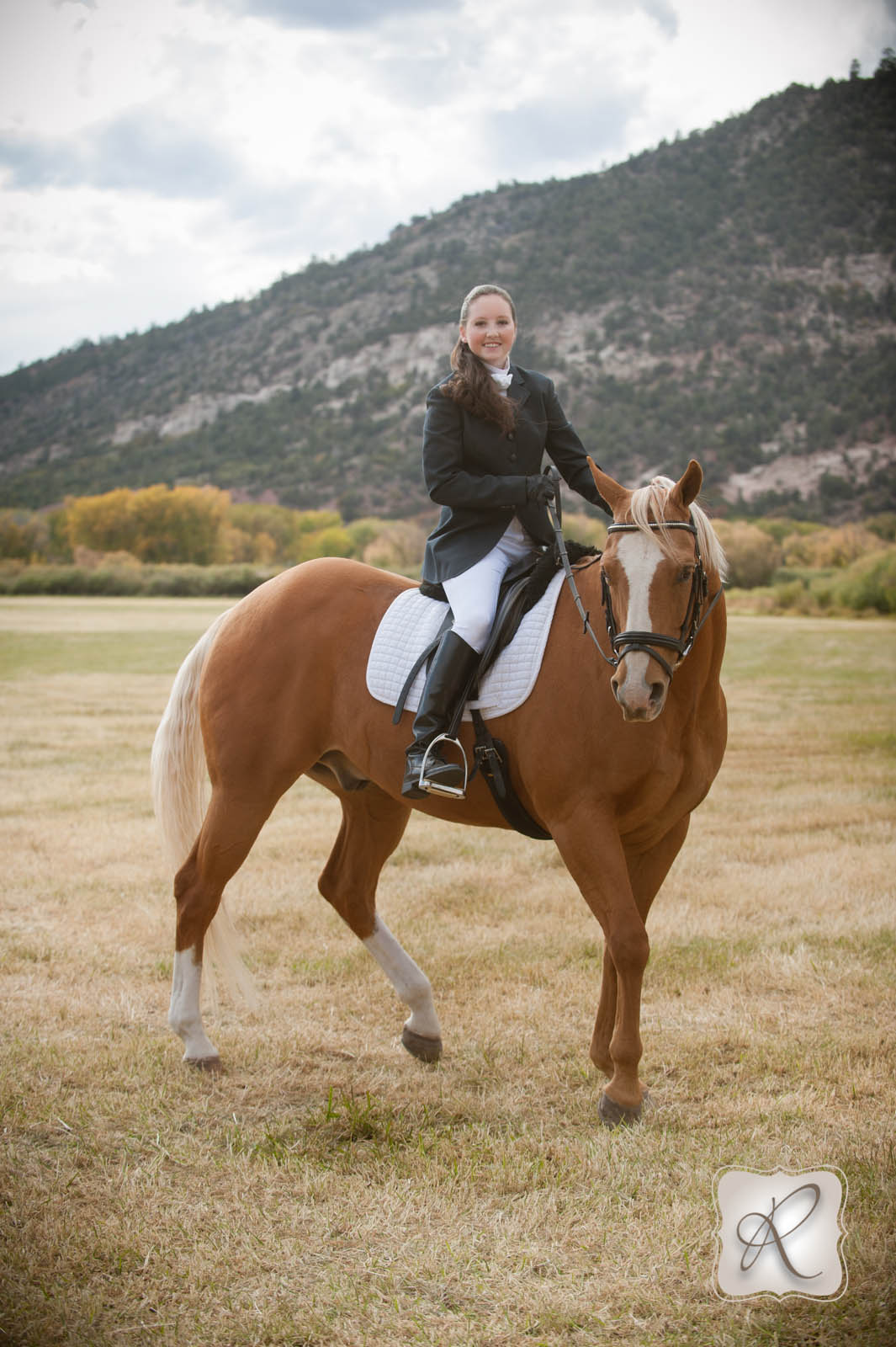 Emma S Senior Pictures With Her Horse