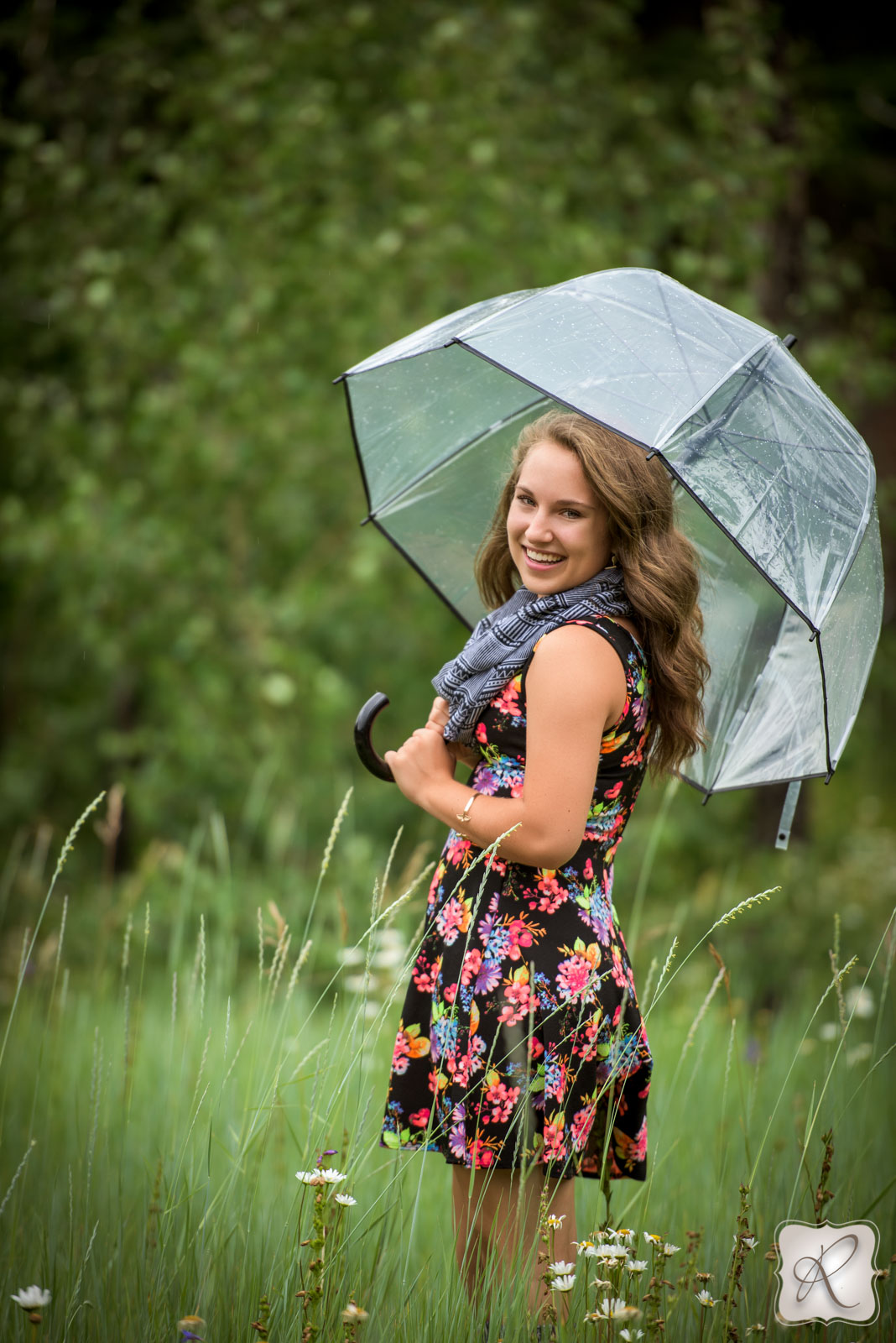 Jade Sanders senior pictures Bayfield Colorado - umbrella