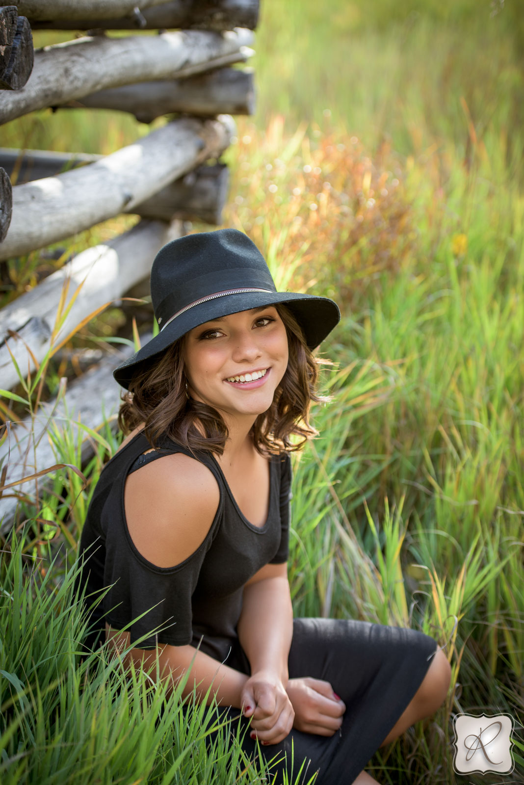 What Is The Difference Between Contemporary And Modern Interior Design: Jessie Roukema Bayfield Colorado Senior Pictures