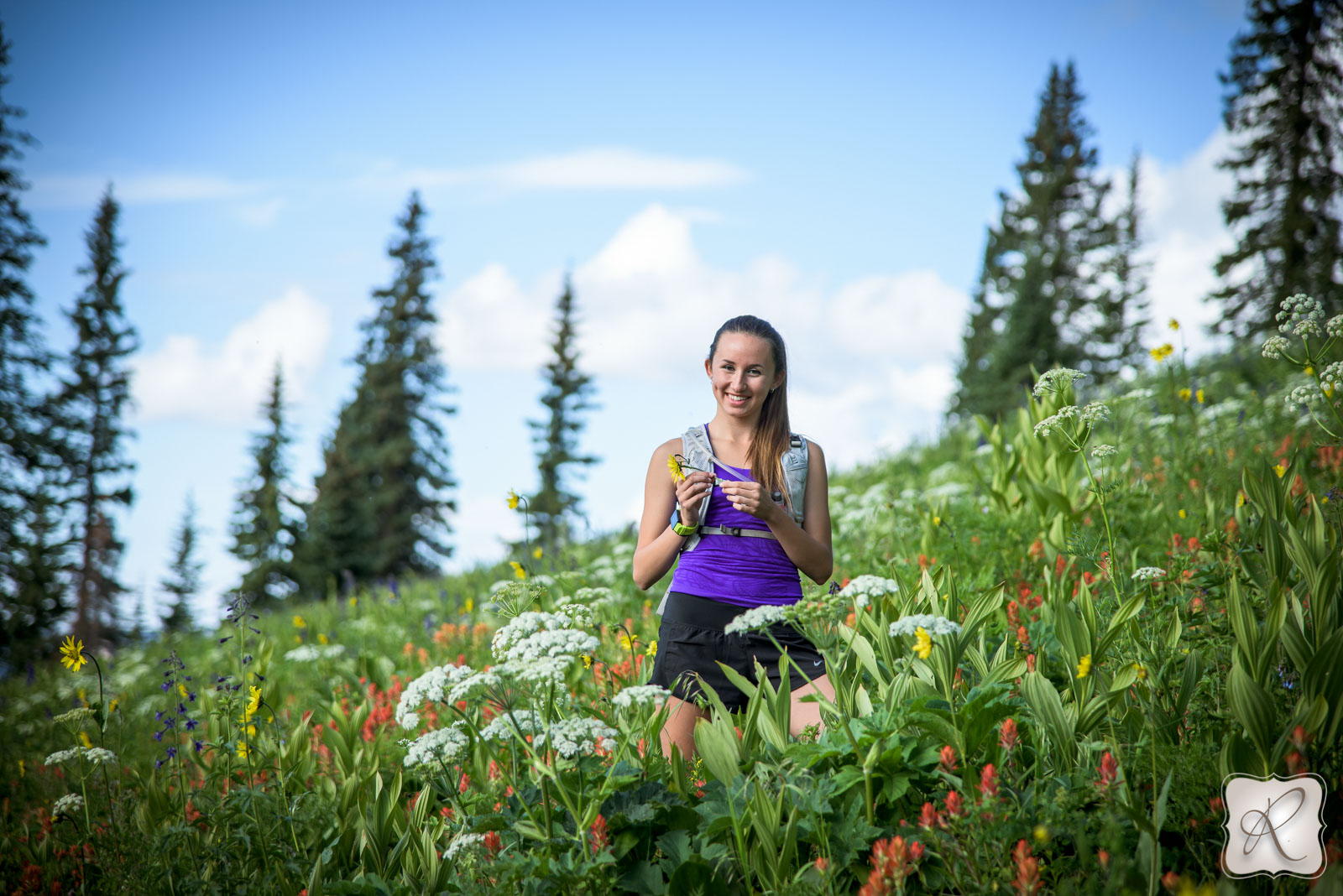 professional outdoor senior portraits Durango colorado