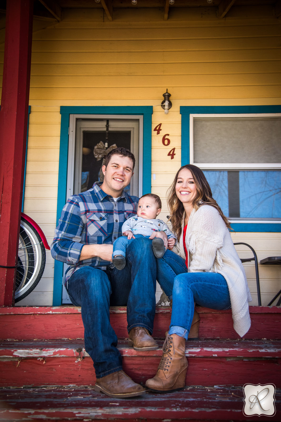 Professional family and baby portraits by Allison Ragsdale Photography