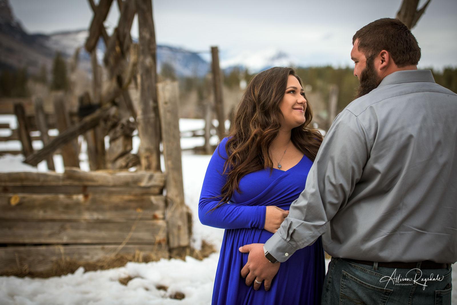 Maternity Portraits in Durango