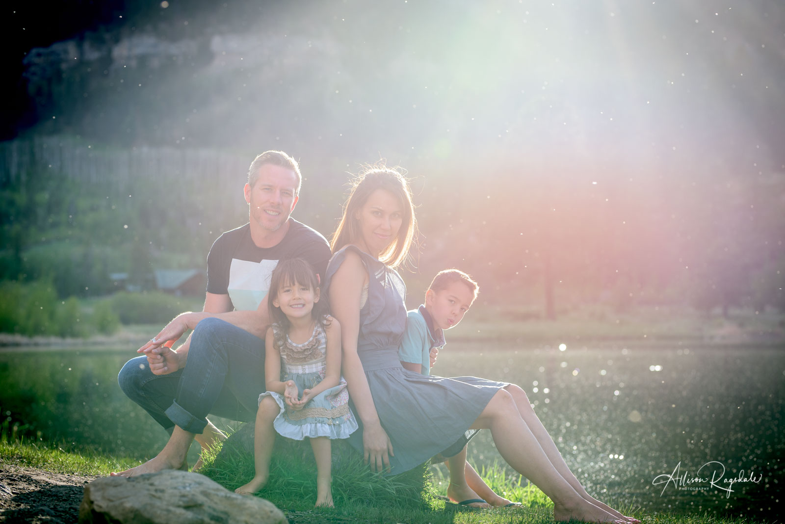 professional outdoor family portraits in Durango Colorado  by Allison Ragsdale Photography
