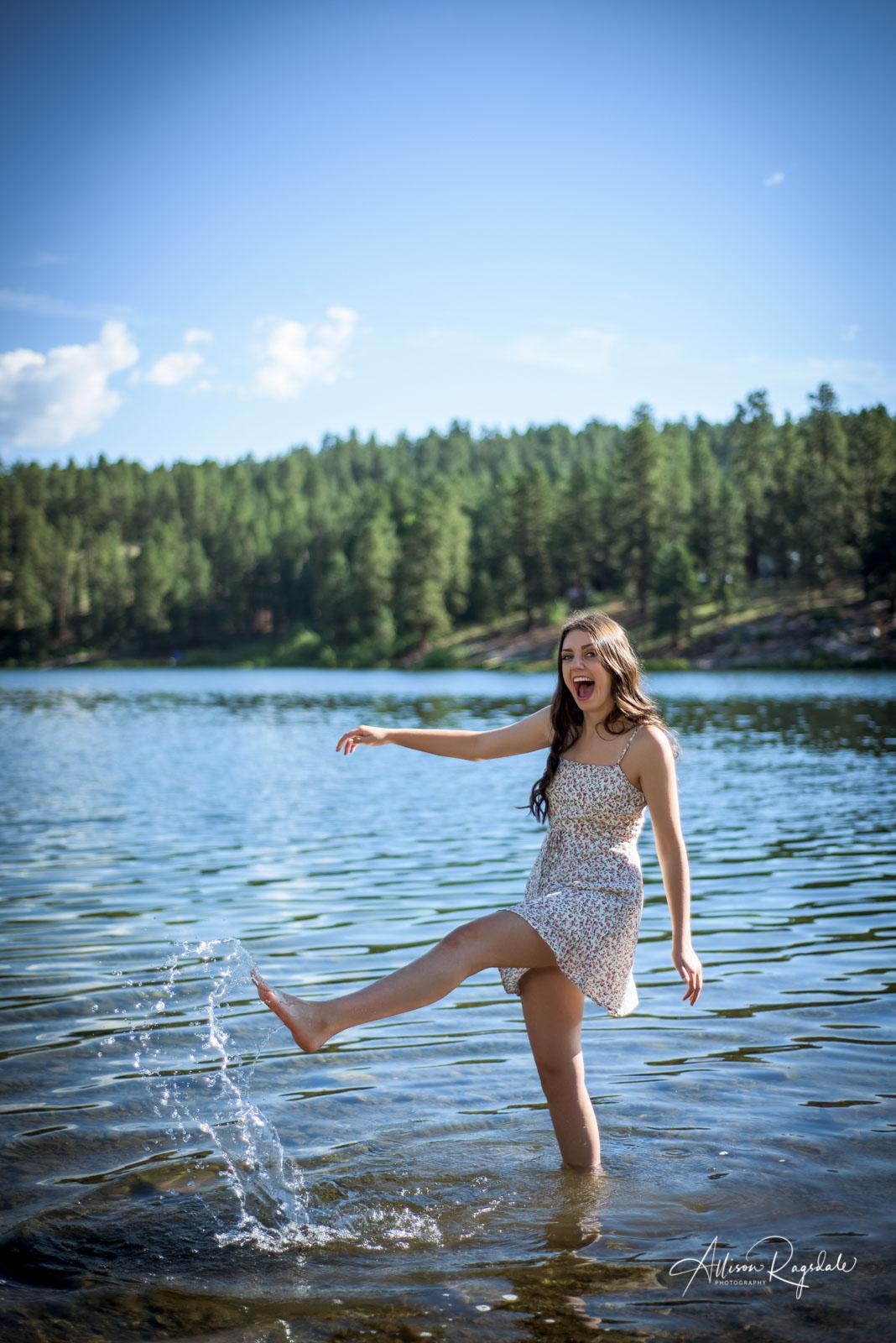 funny outdoor professional portraits in Durango Colorado