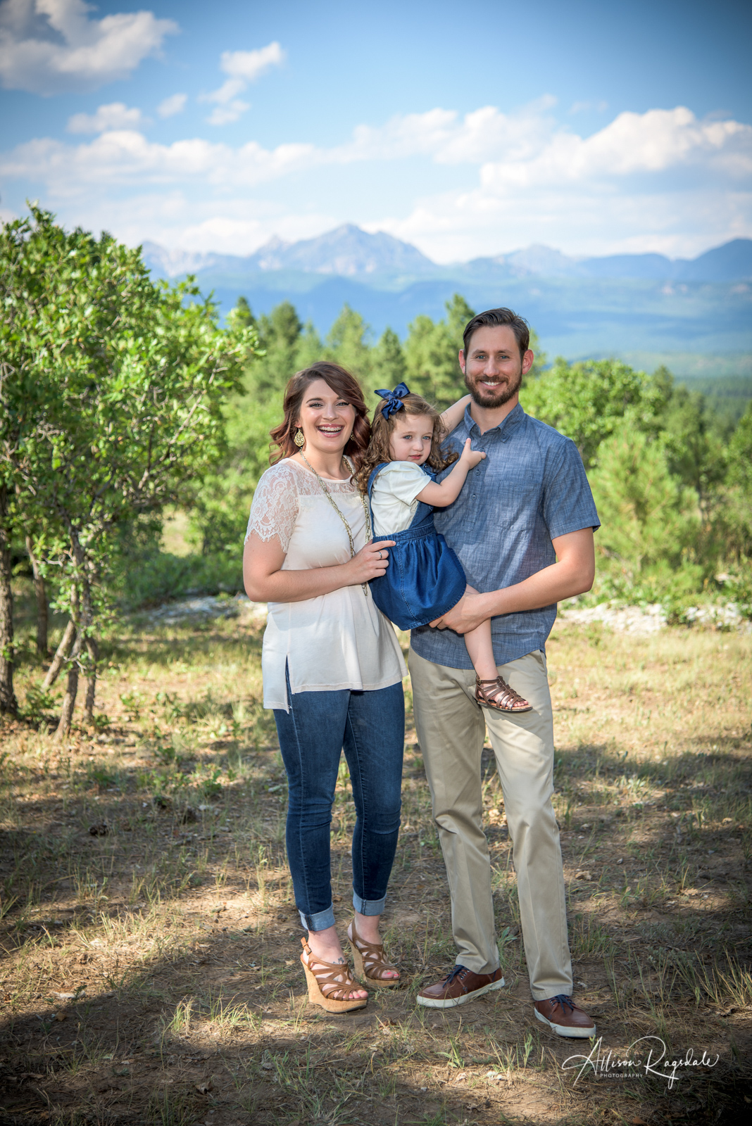 outdoor family portraits in Durango Colorado