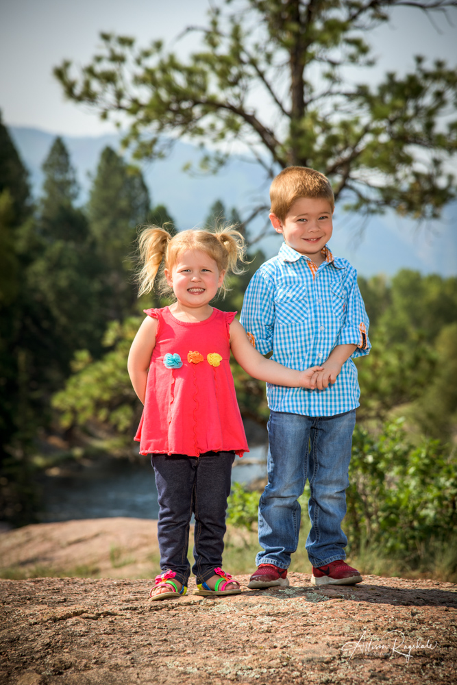 outdoor portraits for kids in Durango Colorado by Allison Ragsdale