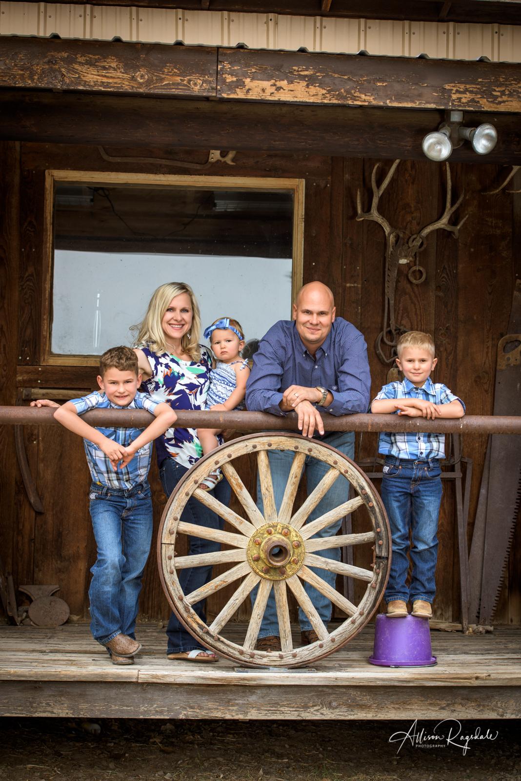 hocker family portraits in Durango Colorado