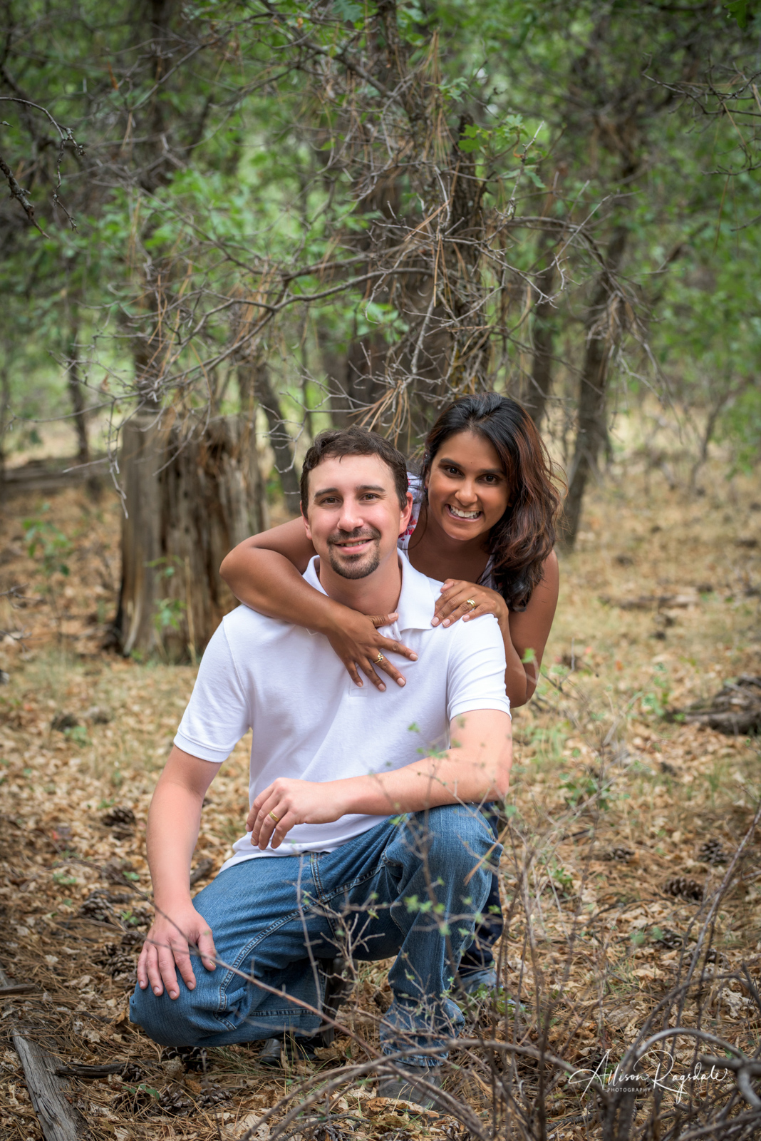 couples outdoor photography by Allison Ragsdale in durango Colorado