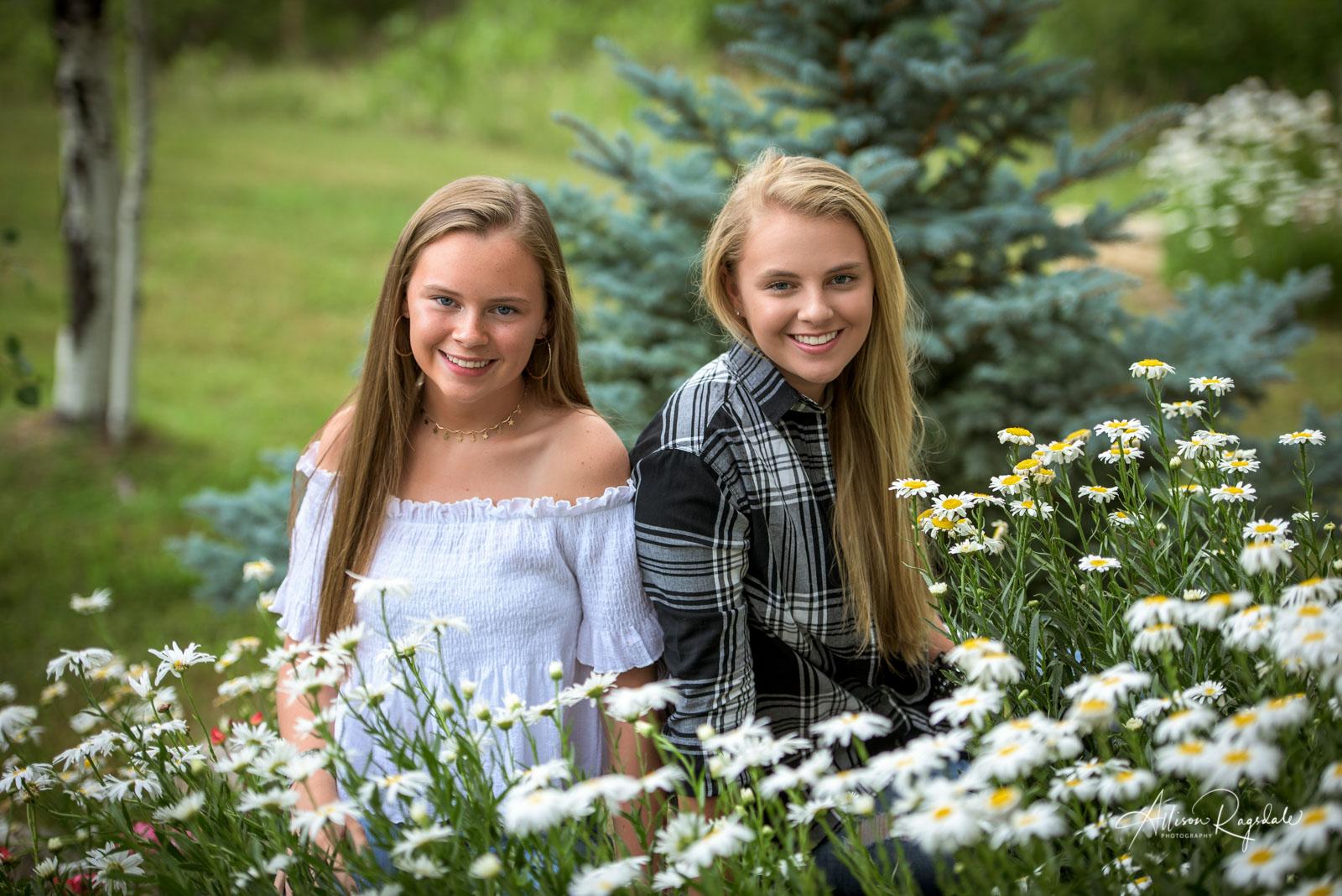 senior and friend portraits Allison Ragsdale Photography