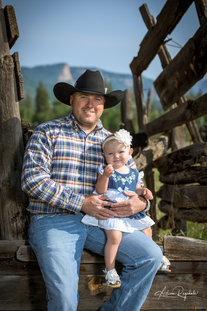 rustic family portraits in Durango Colorado
