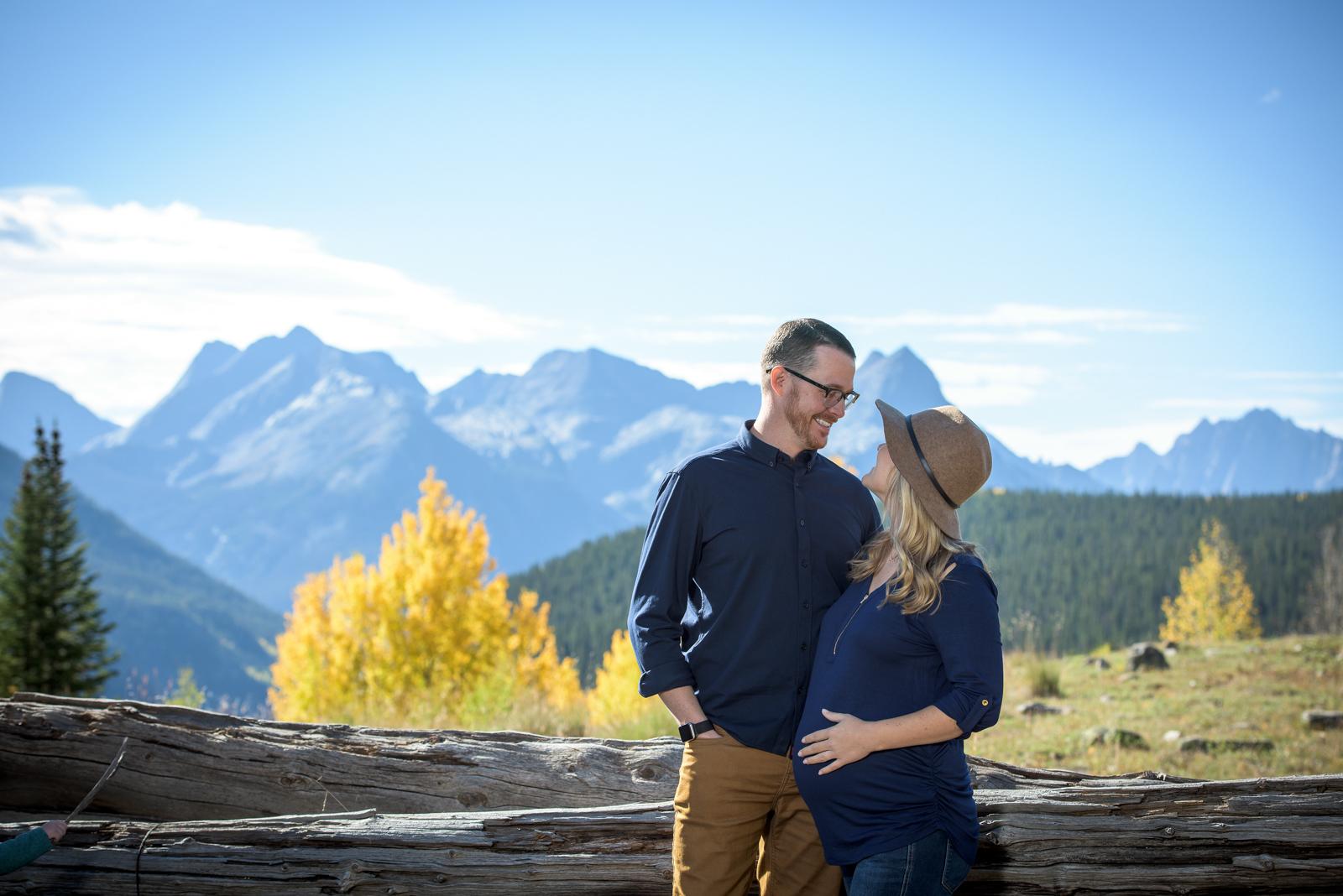 couple and family portraits in Durango Colorado
