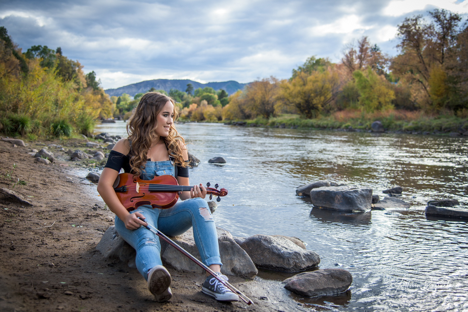 beautiful senior portraits with instruments