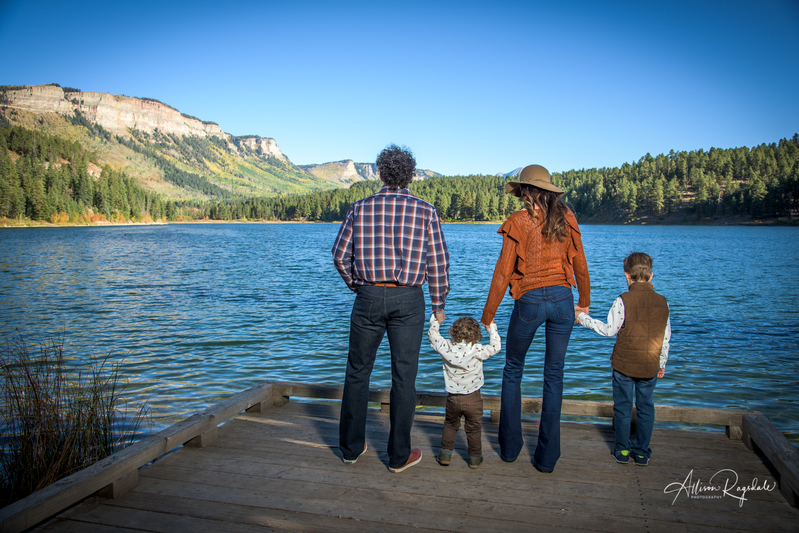 Havilland lake in Durango Colorado family portraits