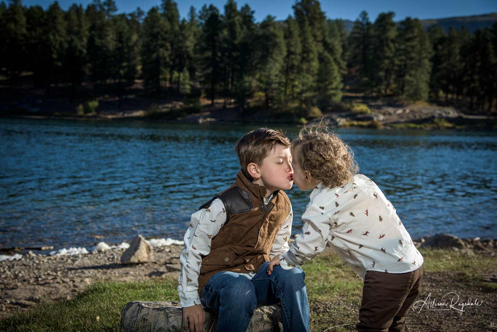 family portraits with younger kids ideas