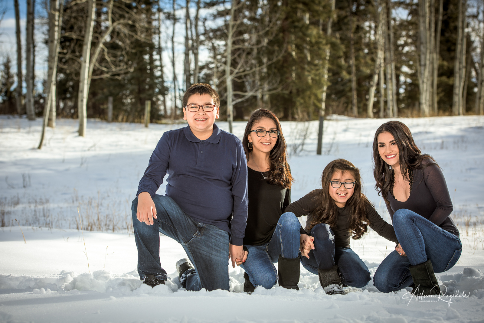 winter family pictures in Durango Colorado