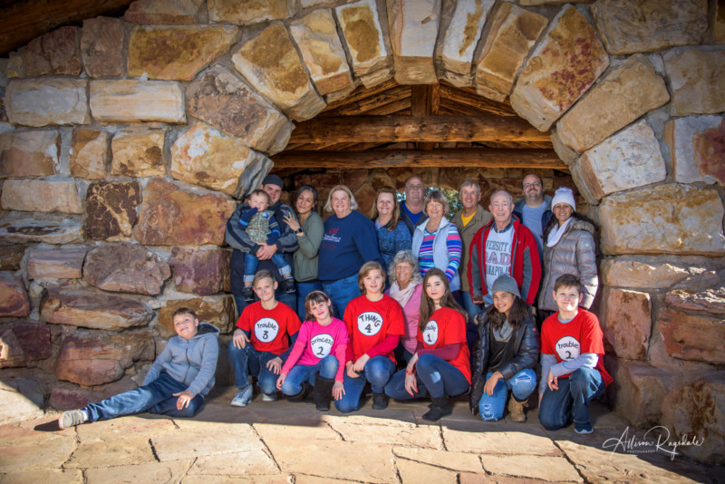 big family portraits outdoors