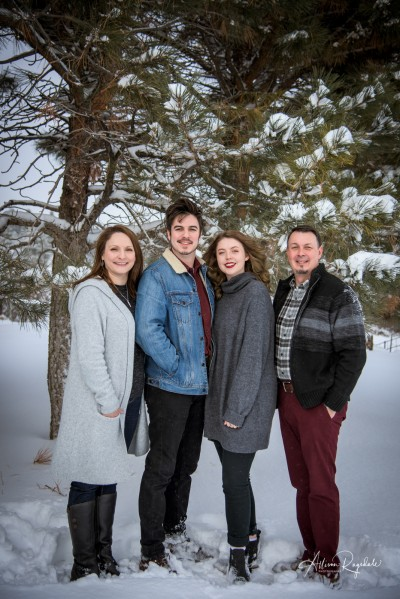 Burkett Family Winter Portraits Durango