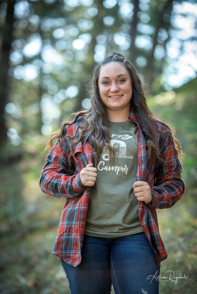 outdoorsy senior portraits