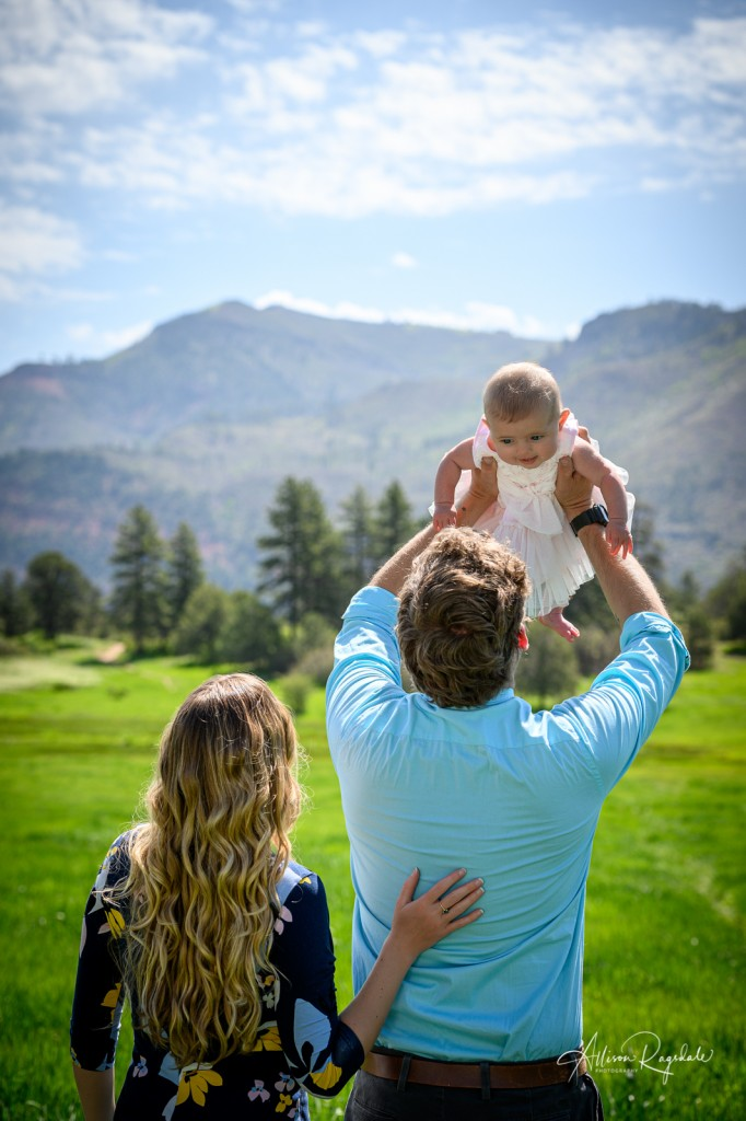 Adorable Family pictures in Durango, CO of the Mace Family