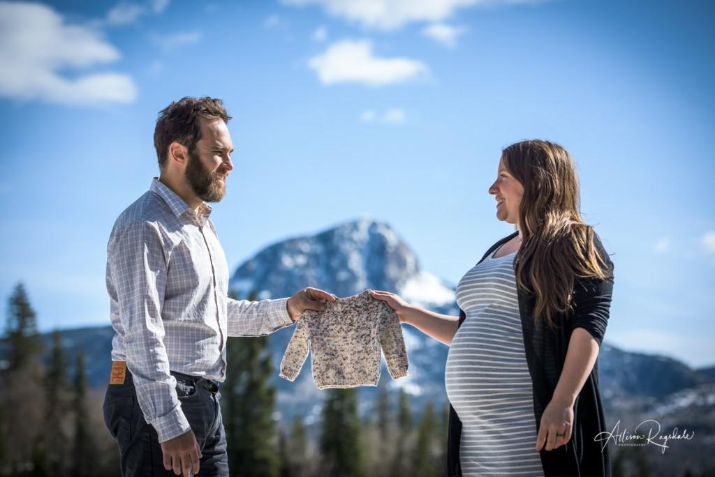 Durango Colorado Maternity Photos, The Ryan Family