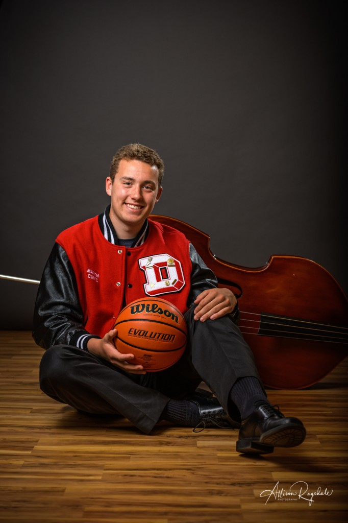 Senior pictures with basketball