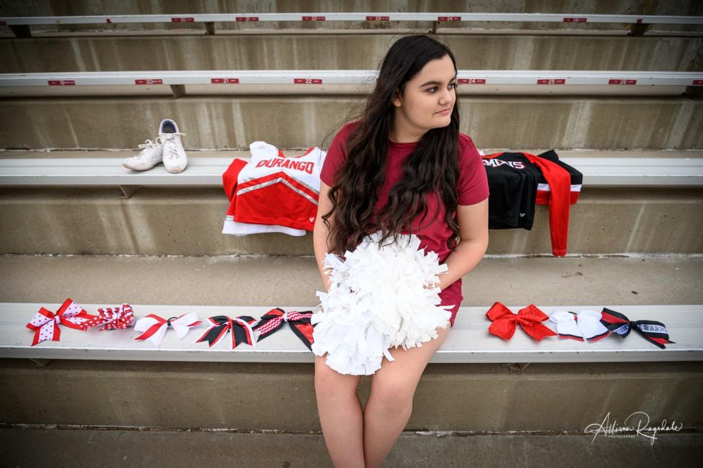 Cheerleader senior pictures in Durango