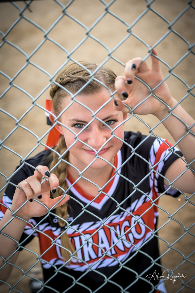 Softball senior pictures, sports, fence