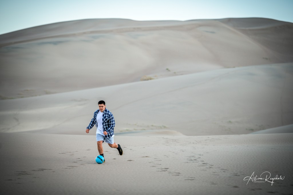 High school senior pictures at the great sand dunes