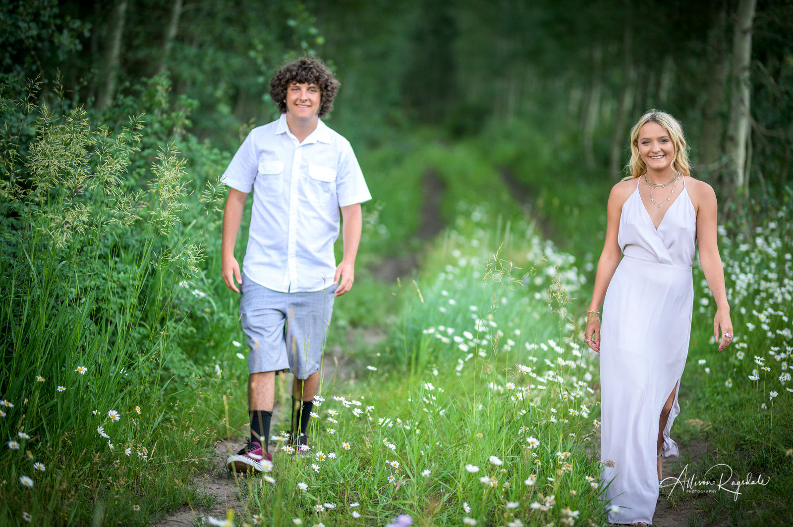Senior Pictures of Addy & Louie Ickes