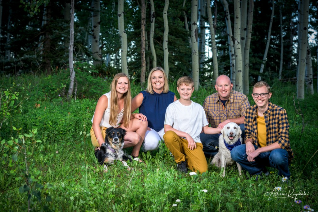 Cool forest family photos