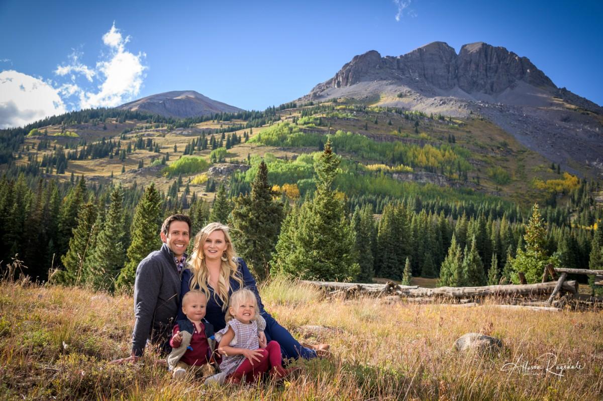 Pretty mountain family pics