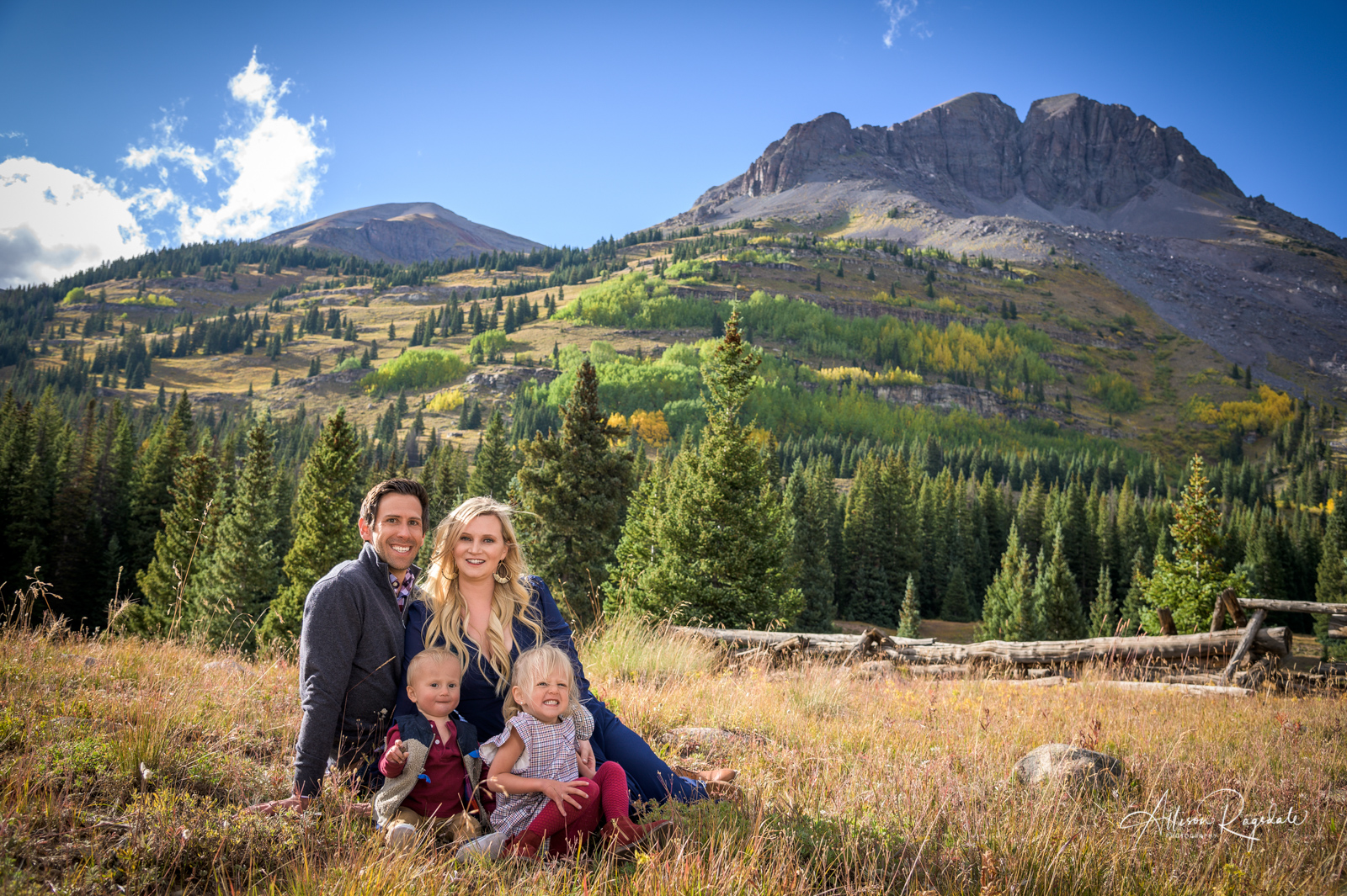 Pretty mountain family pics