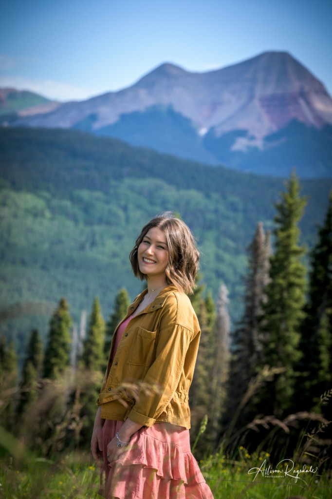 Mountain photography in Colorado for families