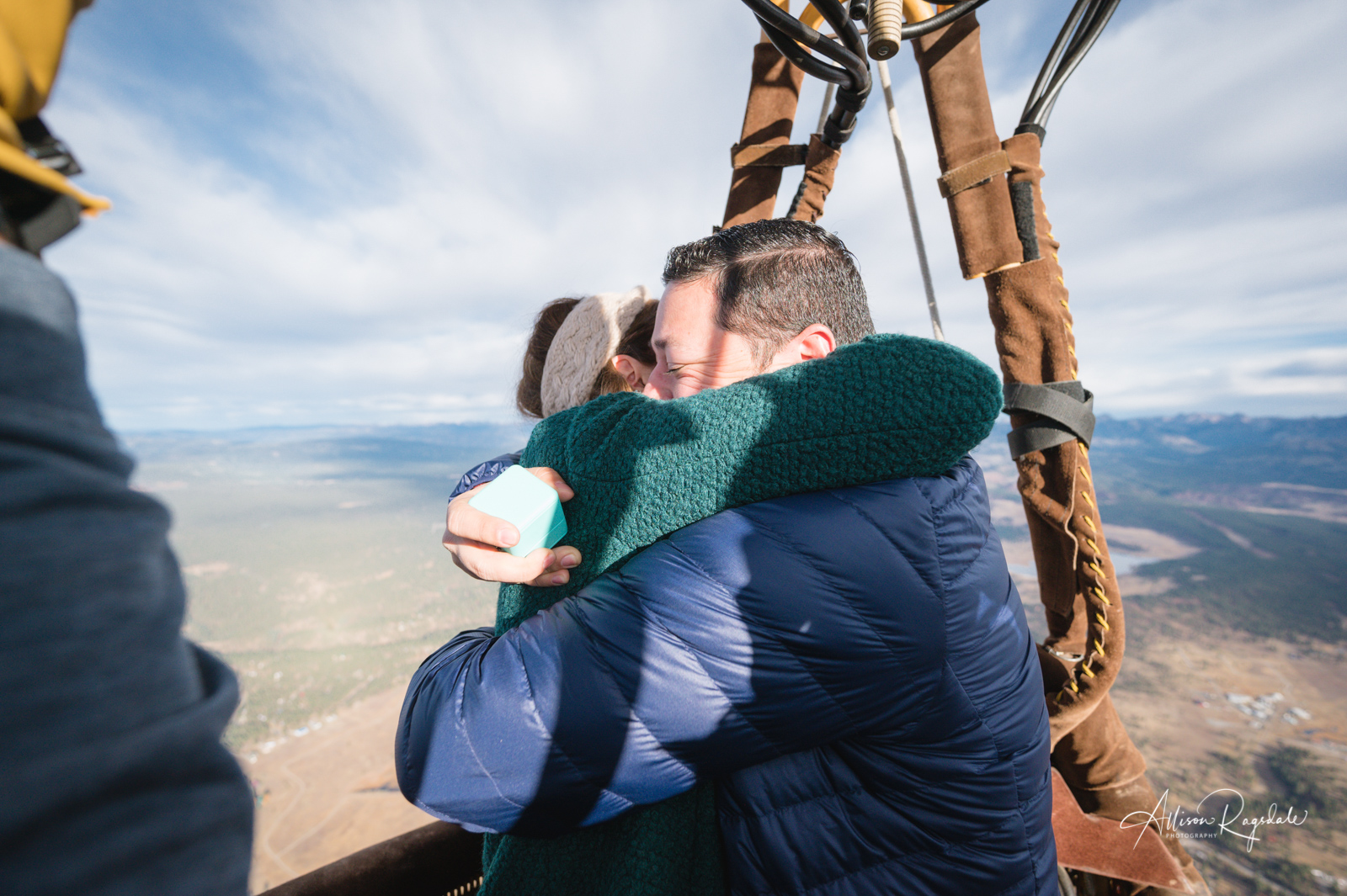Hot air balloon engagement photos