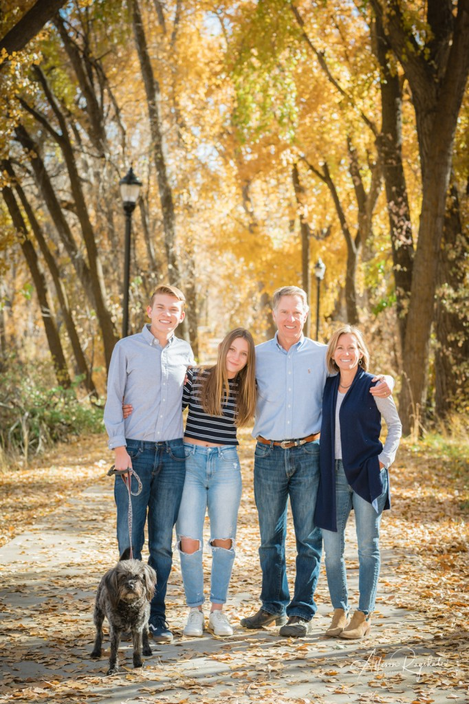 Cool family photos in fall
